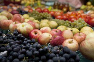 Meyve ve sebzeyi az tüketenlerde kaygı bozukluğu riski artıyor